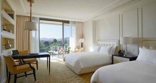 Beverly Hills Deluxe Room – Waldorf Astoria